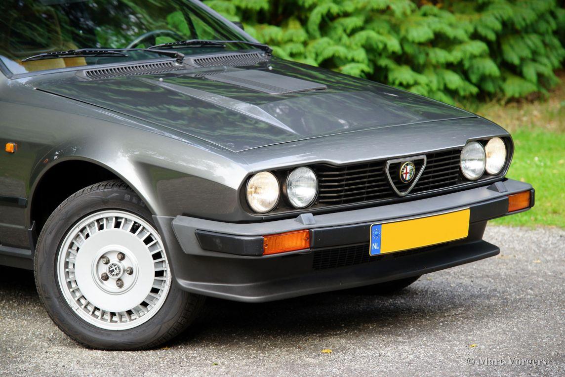 Alfa romeo alfetta gtv 6 2 5 1983 classicargarage fr for Garage alfa romeo villeneuve d ascq