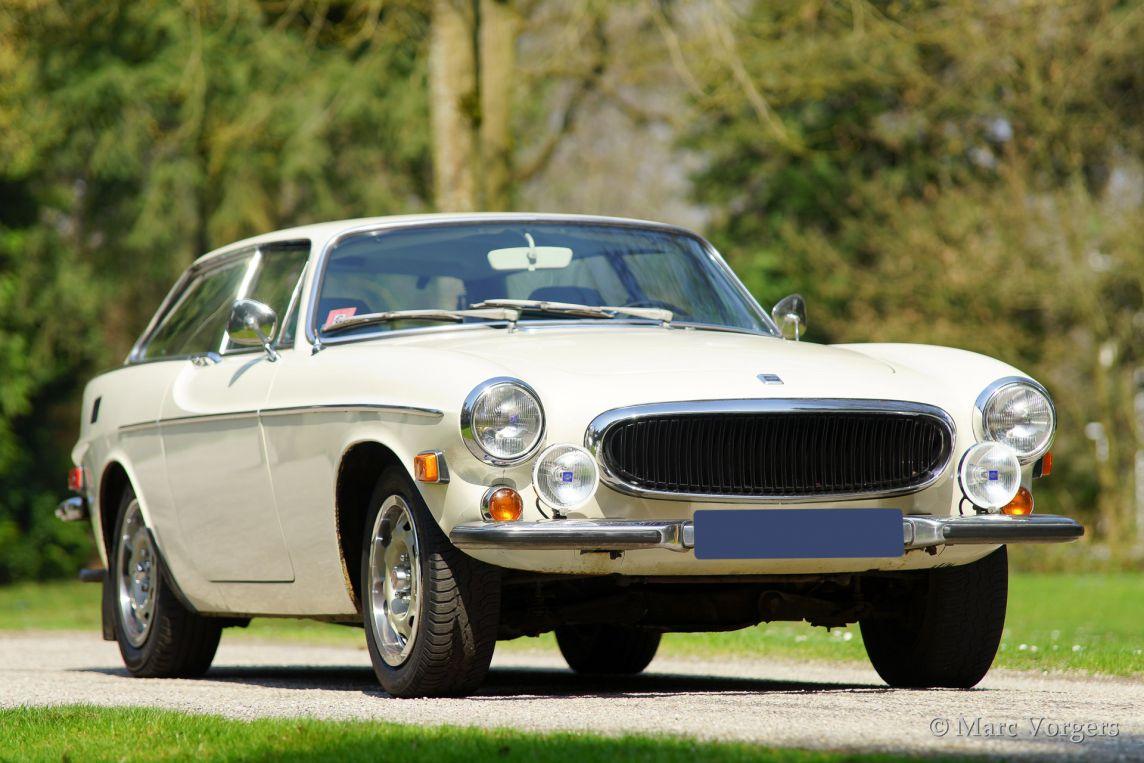 Roger Moore The Saint >> Volvo 1800 ES, 1973 - Classicargarage - FR
