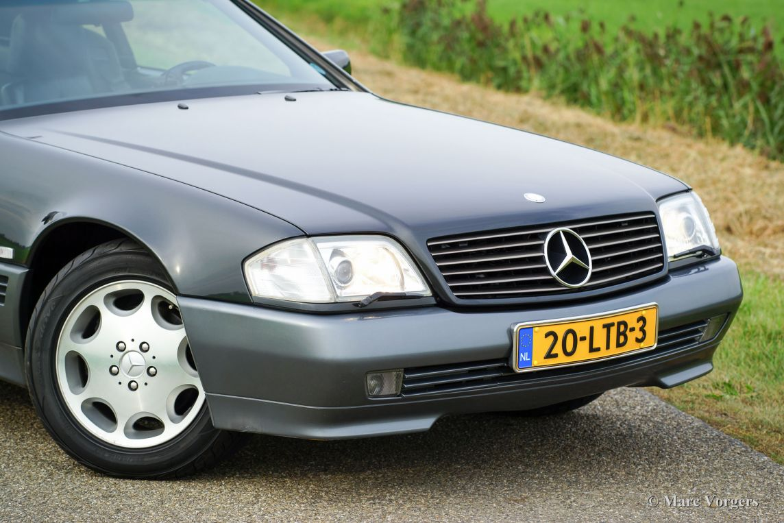 Mercedes benz 500 sl 1992 classicargarage fr for Where do they make mercedes benz