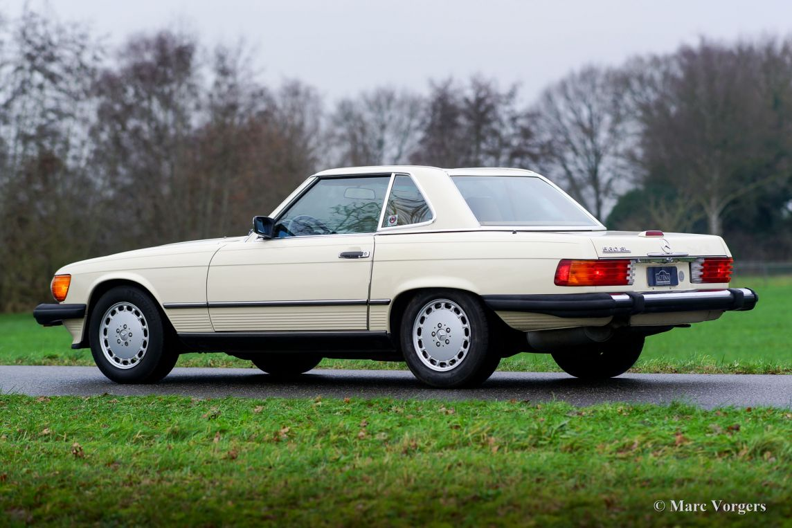 Mercedes benz 560 sl 1989 classicargarage fr for Where do they make mercedes benz