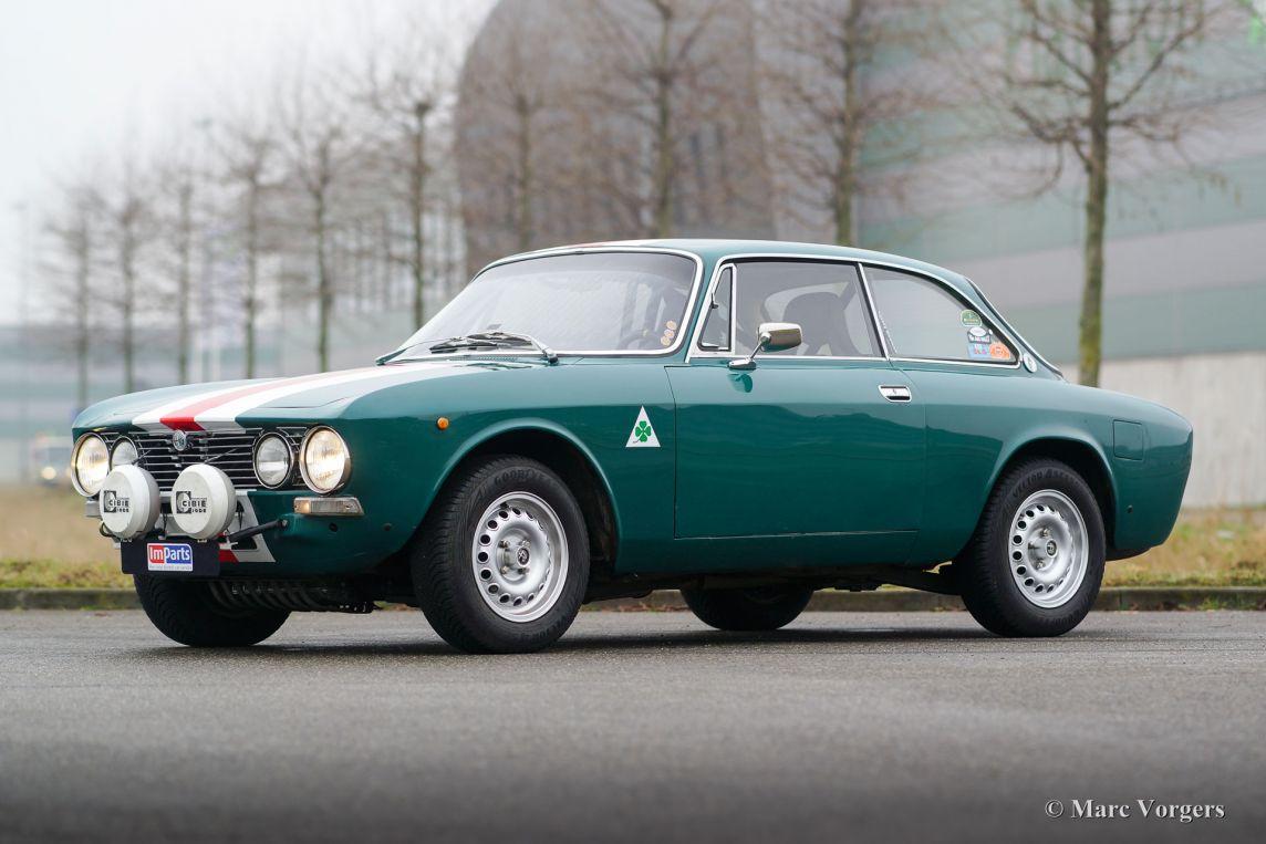 Alfa romeo giulia 2000 gtv 1971 classicargarage fr - Alfa romeo coupe bertone 2000 a vendre ...