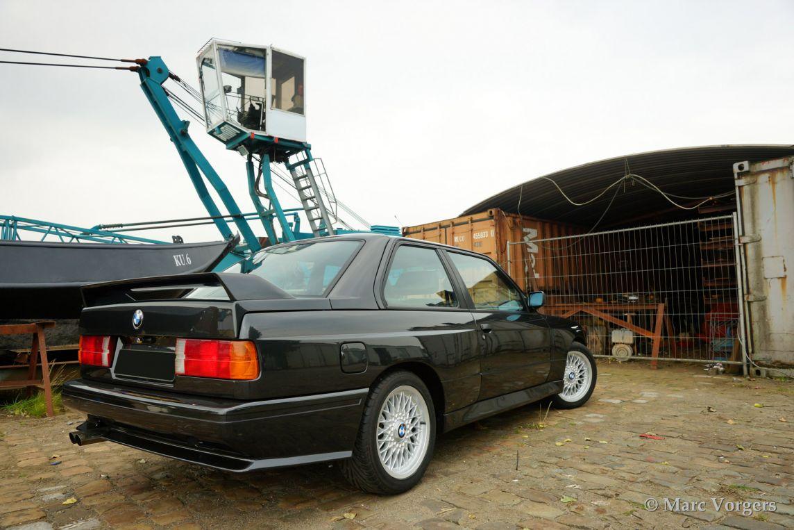 Bmw m3 1988 classicargarage fr for Garage bmw chambery 73