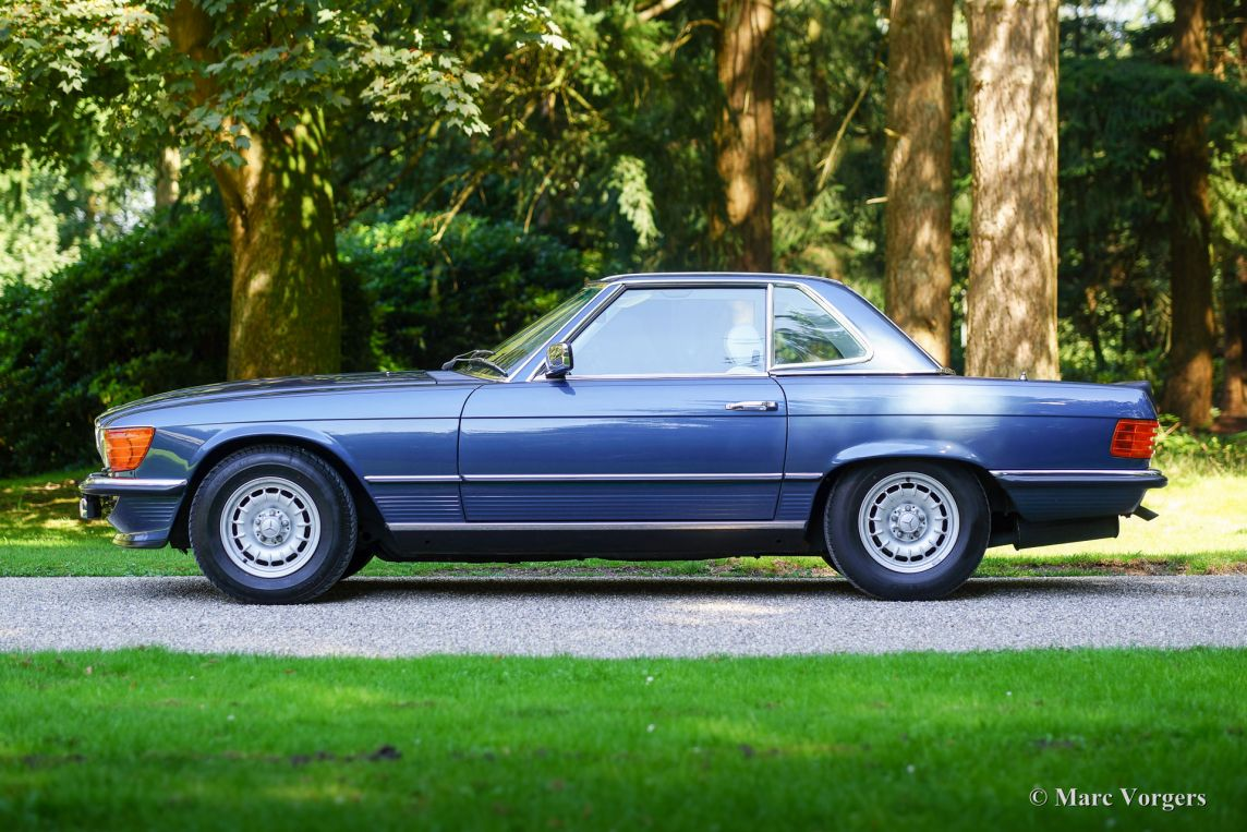 Mercedes benz 500 sl 1983 classicargarage fr for Where do they make mercedes benz