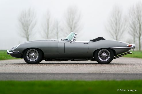 Jaguar E-Type 4.2 Litre roadster, 1968