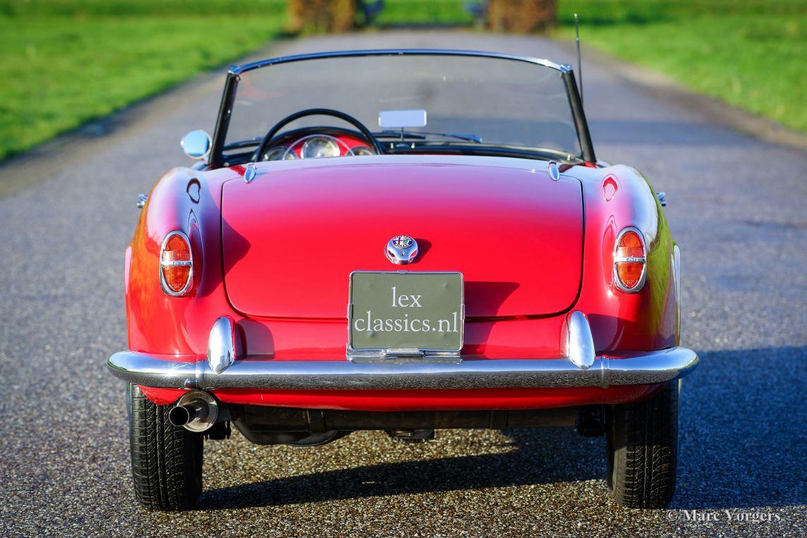 Alfa romeo giulietta 1300 spider 1958 classicargarage fr for Garage alfa romeo 95