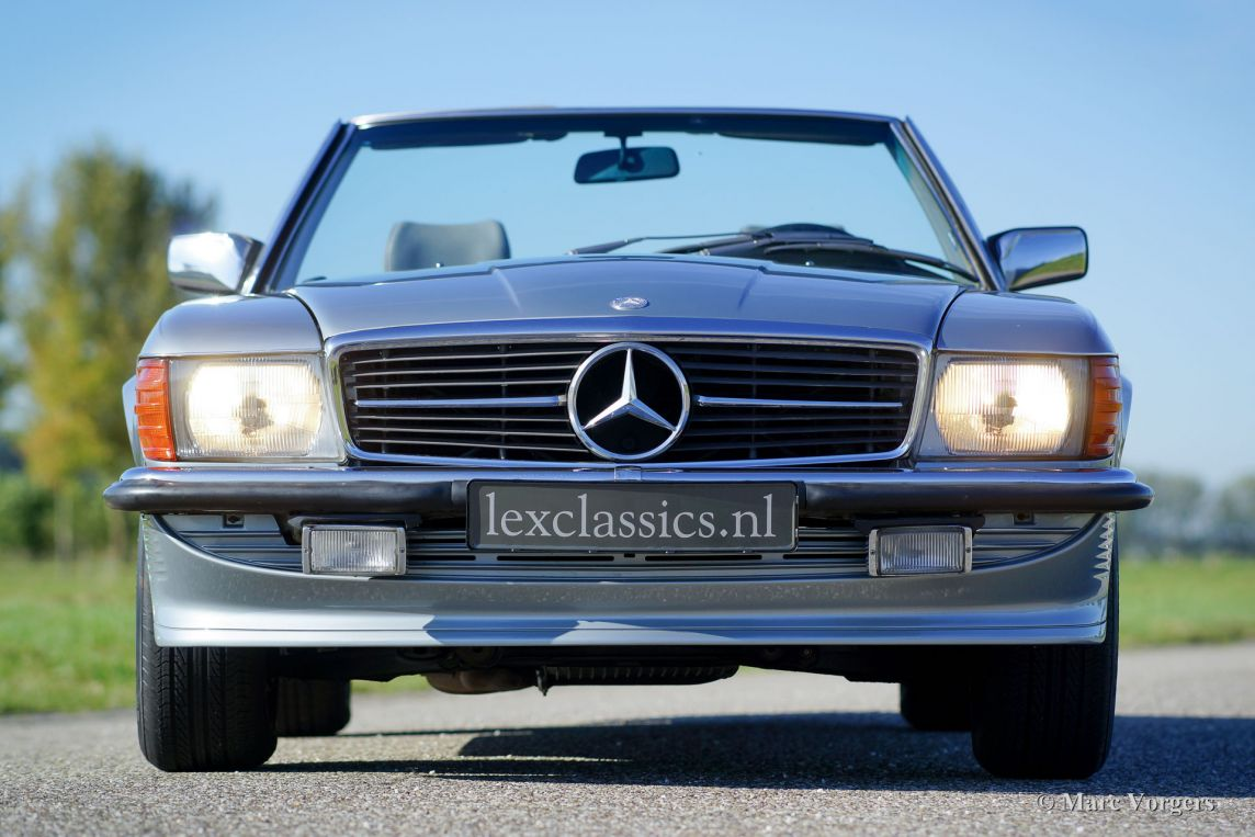 mercedes benz 380 sl 1982 classicargarage fr. Black Bedroom Furniture Sets. Home Design Ideas