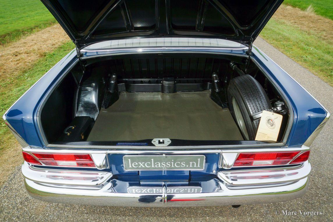 Mercedes benz 220 s 1964 classicargarage fr for Mercedes benz garages