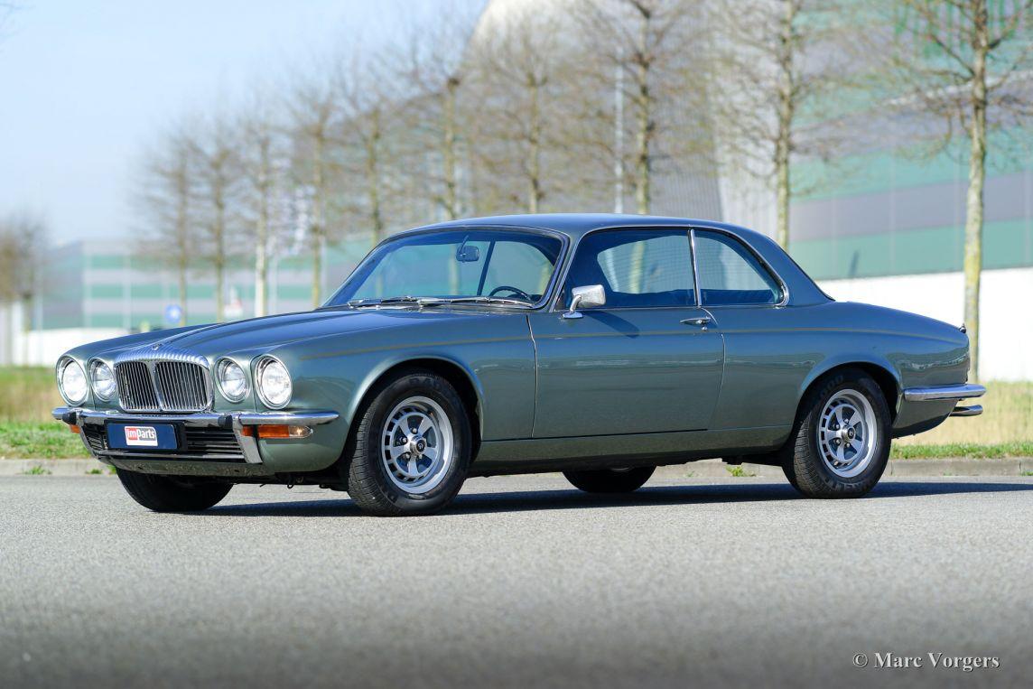 Jaguar Xj6 4 2 Litre Coupe 1975 Classicargarage Fr