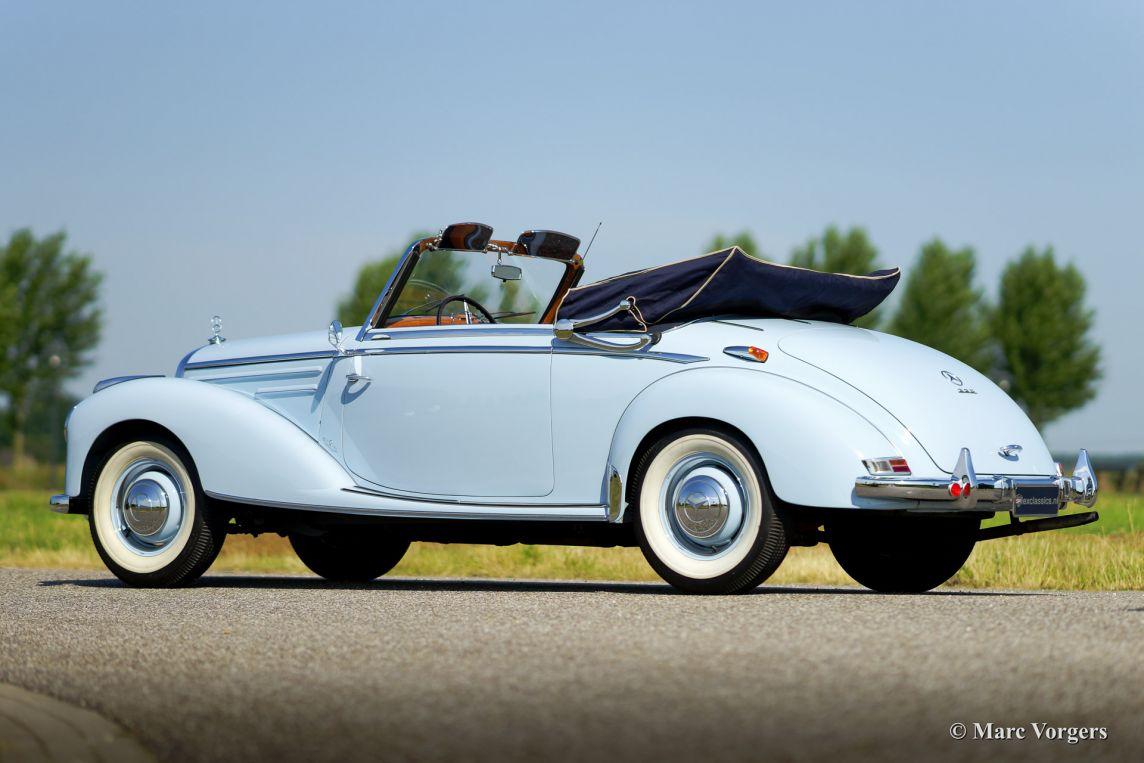 Mercedes benz 220 a cabriolet 1954 classicargarage fr for Garage mercedes 93 bondy