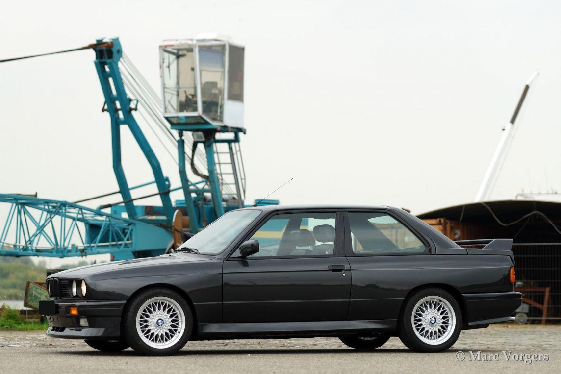 Bmw m3 1988 classicargarage fr for Garage bmw bondy 93