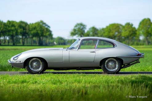 Jaguar E-type 4.2 FHC, 1967